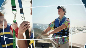 Navy Federal Credit Union GO REWARDS Credit Card TV Spot, 'Parasailing' - Thumbnail 5