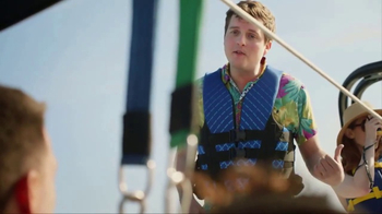 Navy Federal Credit Union GO REWARDS Credit Card TV Spot, 'Parasailing' - Thumbnail 3