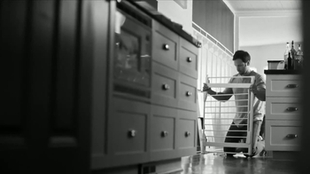 Lincoln Financial Group TV Spot, 'Responsibilities of Love: Baby Proof' - Thumbnail 3