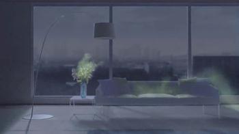 Dyson Pure Hot+Cool Link TV Spot, 'Monitors and Purifies' - Thumbnail 3