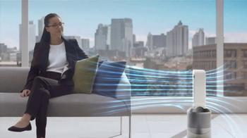 Dyson Pure Hot+Cool Link TV Spot, 'Monitors and Purifies' - Thumbnail 9