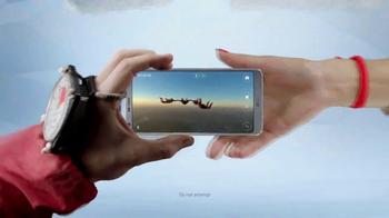 LG G6 TV Spot, 'Dynamic: T-Mobile Offer' Song by Etta James - Thumbnail 4