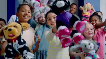 Build-A-Bear Workshop Promise Pets TV Spot, 'Everybody Come On' - Thumbnail 4