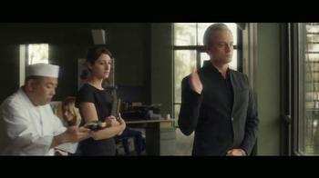 2018 Audi Q5 TV Spot, 'The Interview' [T1] - Thumbnail 10
