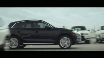 2018 Audi Q5 TV Spot, 'The Interview' [T1] - Thumbnail 8