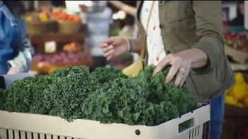 Blue Earth's Essentials TV Spot, 'Farm-to-Table Inspired Canine Cuisine' - Thumbnail 4