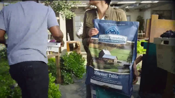 Blue Earth's Essentials TV Spot, 'Farm-to-Table Inspired Canine Cuisine' - Thumbnail 6
