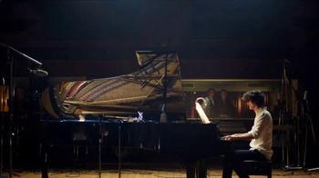 Haagen-Dazs Strawberry TV Spot, 'Simple Sounds' - Thumbnail 4