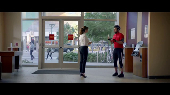 Wells Fargo App TV Spot, 'Bicyclist' - Thumbnail 8