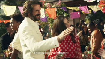 Dos Equis TV Spot, 'The Most Interesting Man Spices Things Up' - Thumbnail 7