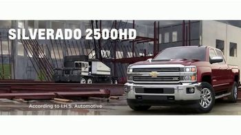 Chevrolet Bonus Tag Deals TV Spot, 'FOX 11: Fiesta Broadway' [T2] - Thumbnail 5