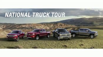 Chevrolet Bonus Tag Deals TV Spot, 'FOX 11: Fiesta Broadway' [T2] - Thumbnail 6