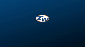 Tennis Warehouse adidas Tennis Shoe Sale TV Spot, 'Up to 30% Off' - Thumbnail 7