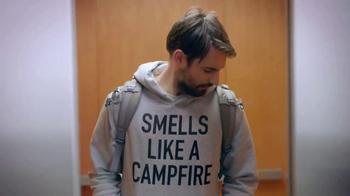 Downy Protect & Refresh TV Spot, 'Clothing Odors' - Thumbnail 4
