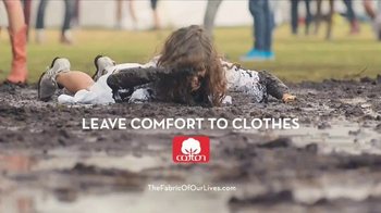 Cotton TV Spot, 'Leave Comfort to Clothes' - Thumbnail 10