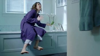 Rinnai Tankless Water Heater TV Spot, 'Oh the Cold'