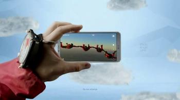 LG G6 TV Spot, 'Dynamic: Verizon Trade-In Credit' Song by Etta James - Thumbnail 6