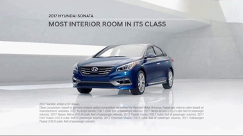 2017 Hyundai Sonata TV Spot, 'More Room' [T2] - Thumbnail 5