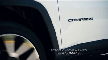 Jeep Drive and Discover Event TV Spot, 'Awarded' Song by Imagine Dragons [T1] - Thumbnail 4