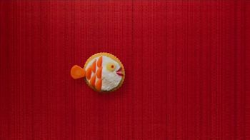 Ritz Crackers TV Spot, 'You've Got the Stuff: Summer' Song by Bomba Estéreo - Thumbnail 9