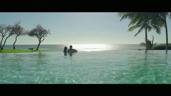 Luxury Retreats TV Spot, 'Focus on What Truly Matters' - Thumbnail 4