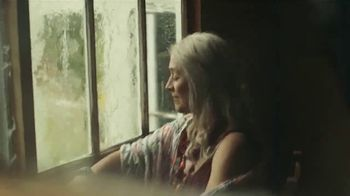 Citi AAdvantage Platinum Select TV Spot, 'Grandma's Reunion Rematch' - Thumbnail 3