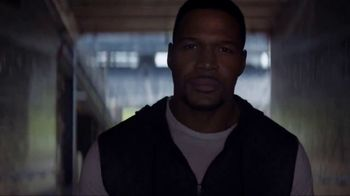 JCPenney Love Dad Sale TV Spot, 'Raise Your Game' Featuring Michael Strahan - Thumbnail 4