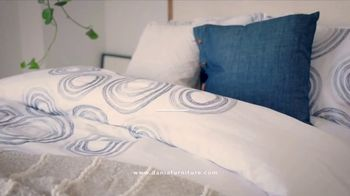 Dania Furniture Summer Clearance Sale TV Spot, 'Furniture and Accessories' - Thumbnail 3