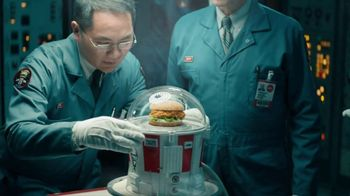 KFC Zinger Sandwich TV Spot, 'Announcement' Featuring Rob Lowe - Thumbnail 5