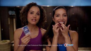 Crest 3D Whitestrips TV Spot, 'No se mueven' [Spanish] - Thumbnail 3