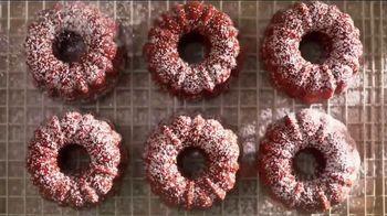 Pam Cooking Spray TV Spot, 'Bundt Cake'