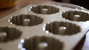 Pam Cooking Spray TV Spot, 'Bundt Cake' - Thumbnail 2