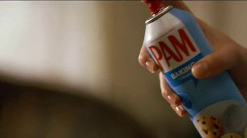 Pam Cooking Spray TV Spot, 'Bundt Cake' - Thumbnail 5