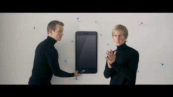 Motorola Moto Z Droid TV Spot, 'Hellomoto: Force Droid' - Thumbnail 3
