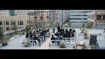 Verizon TV Spot, 'Live Wedding: Four Lines' Featuring Thomas Middleditch - Thumbnail 1
