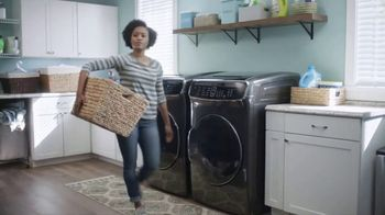 Lowe's TV Spot, 'The Moment: Delicate Laundry' - Thumbnail 6