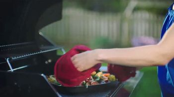 Kohl's TV Spot, 'Food Network: Putting Sizzle Into Summer' - Thumbnail 6