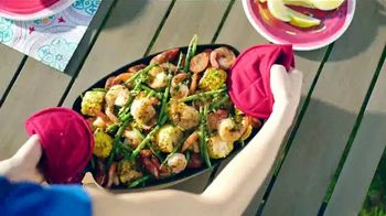 Kohl's TV Spot, 'Food Network: Putting Sizzle Into Summer' - Thumbnail 7