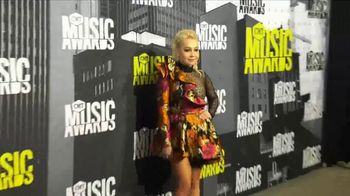 Aveeno Clear Complexion TV Spot, '2017 CMT Music Awards' Featuring RaeLynn - Thumbnail 5