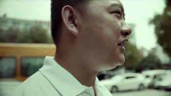 Maersk TV Spot, 'The Heart of Trade: People' - Thumbnail 3