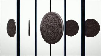 Oreo Thins TV Spot, 'Hypnotiza' canción de The Notorious B.I.G. [Spanish] - Thumbnail 3