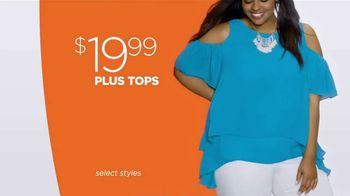 JCPenney Friends & Family Sale TV Spot, 'Now Trending' Song by MUNNYCAT - Thumbnail 5
