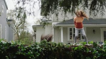 XFINITY Gig-Speed Internet TV Spot, 'Welcome to the Party' - Thumbnail 3