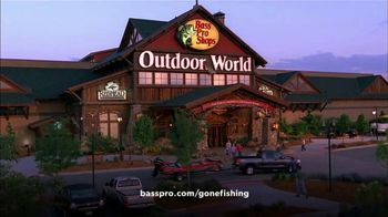 Bass Pro Shops Father's Day Sale TV Spot, 'Shorts and Patio Grills' - Thumbnail 6