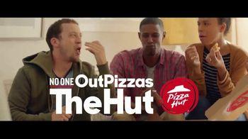 Pizza Hut Cheesy Bites Pizza TV Spot, 'Pizza Man' - Thumbnail 9