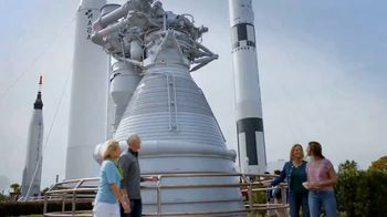Kennedy Space Center Visitor Complex TV Spot, 'Rocket Garden' - Thumbnail 4