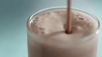 Atkins Milk Chocolate Delight Shake TV Spot, 'Rob Lowe's Favorite Snack' - Thumbnail 8