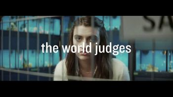 Planet Fitness TV Spot, 'The World Judges. We Don't: January Cat' - Thumbnail 5