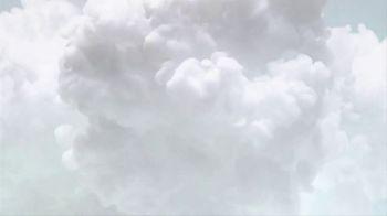 Olay Whips TV Spot, 'Light As Air' - Thumbnail 2
