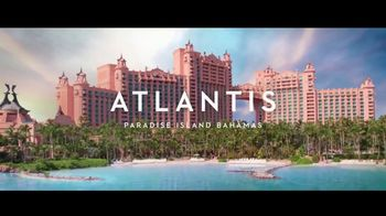 Atlantis Winter Bed & Breakfast Offer TV Spot, 'Bahamas at Heart: January' - Thumbnail 7